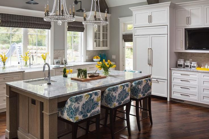 Best Lovely Kitchen Features Walls Painted Sherwin Williams 400 x 300