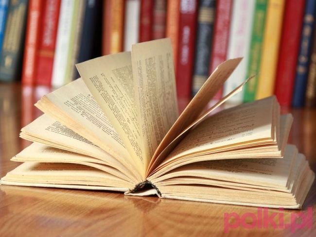 100 książek, które trzeba przeczytać zdaniem internautów #polkipl