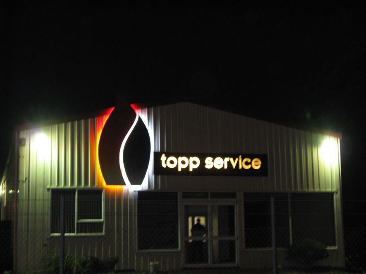 A halo effect for Topp Service in Greymouth NZ created with exterior rated LED sign modules #led #sign #halo