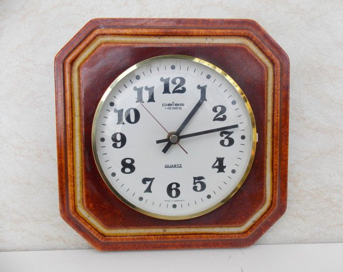 Ceramic wall clock, Space Age Mid Century Modern Red Pallas Heges Quarz, Made in Germany, vintage clocok, kitchen clocok, retro clocok