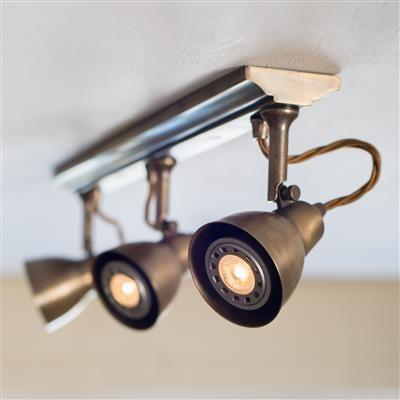 Edgeware Spot Light Strip - 3 Spots