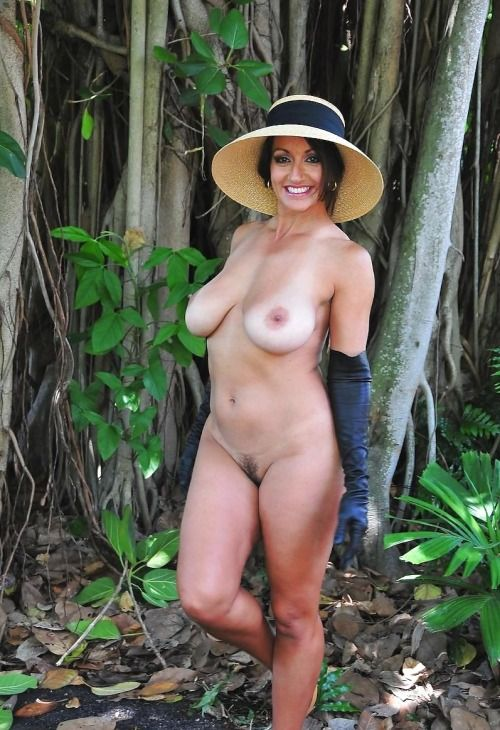 mature-spanish-women-nude
