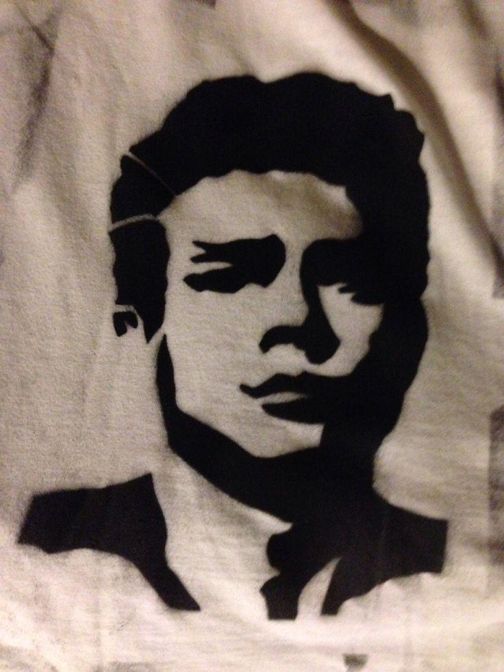 James Dean stencil su t shirt