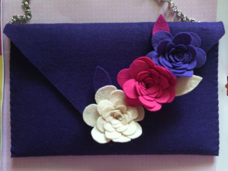 Borsa in feltro con decorazione a fiori fiori