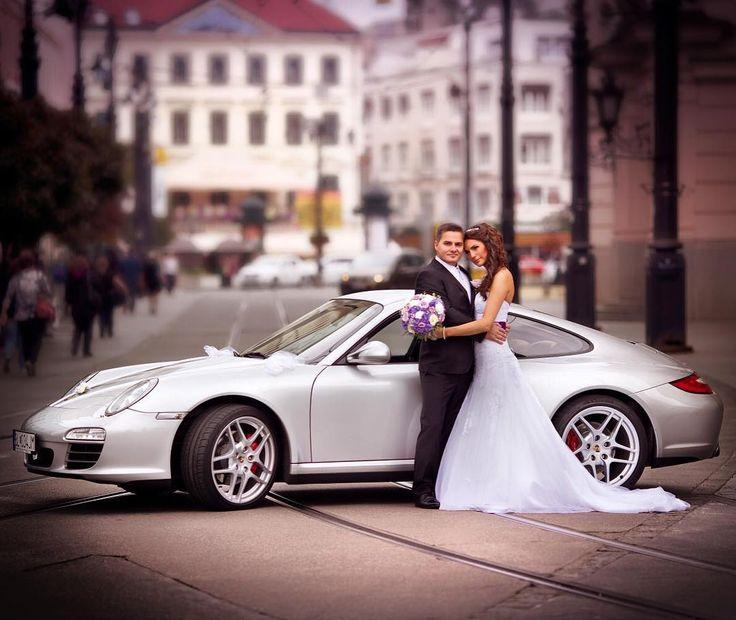 Porsche Wedding! #porsche #bookaclassic #classiccar #carvintage #moviecar #vintagecar #bridebook #marriage #wedding #weddingcar #weddinginspiration #weddingphotography