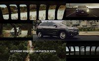 """Spot Jeep Cherokee  """"Le strade sono solo un punto di vista"""" in cui le strade vengono viste attraverso la tipica griglia anteriore della Jeep Cherokee, Con musica di sottofondo del trio inglese London Grammar."""
