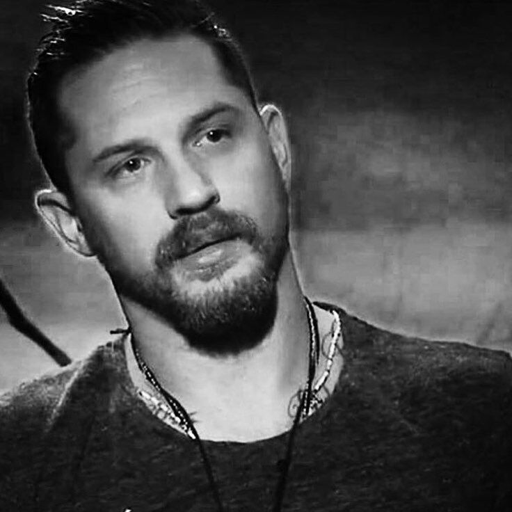 Some people just have a glow... an aura of awesome. ♠️ Awesome Hardy .. #tomhardy#taboo#tomhardypictures#lawless#revenant#legend#beards#tattoos#thekrays#tomhardyphotos#marvel#edwardthomashardy#tomhardypics#tomhardyfanpage#madmax#venom#peakyblinders#bronson#eames#bane#dunkirk#jamesdelaney#actor#villain#warrior