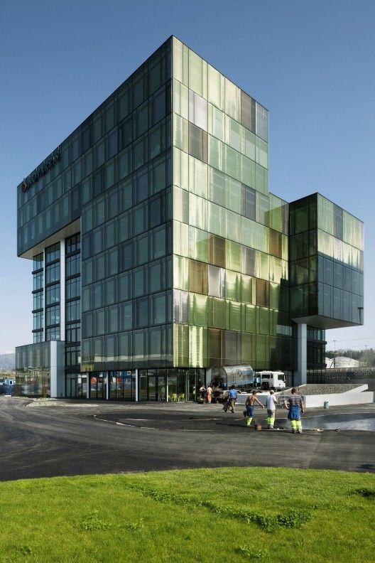 Office bldg in Risch Rotkreuz by Holzber Kobler Architekturen