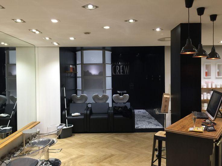 les 25 meilleures id es de la cat gorie mobilier salon de coiffure sur pinterest salon de. Black Bedroom Furniture Sets. Home Design Ideas
