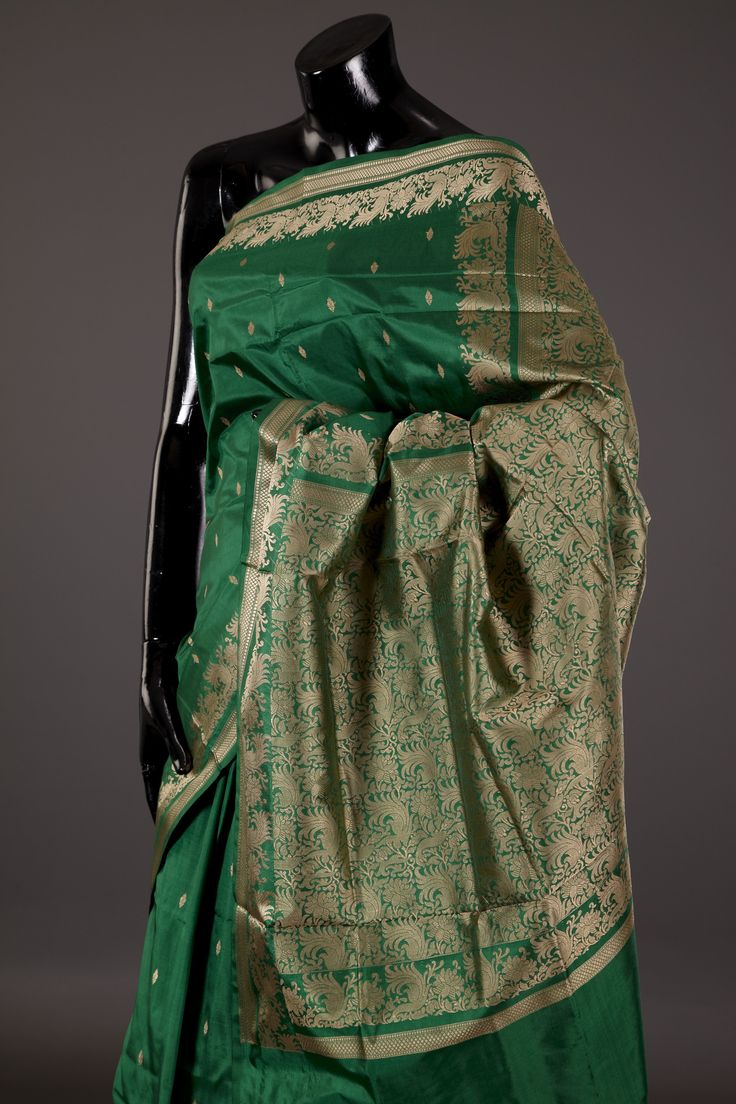 silk khatan green saree with blouse - Banarasi Silk - Handlooms - Sarees