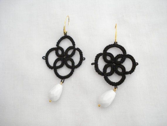 Black lace chandeliers Quatrefoil lace earrings Needle by Poppyg