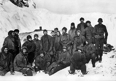 The men on Elephant Island