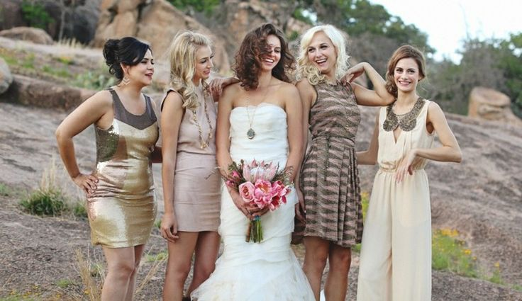 Overall und glamouröse Kleider kombinieren für jeden Typ