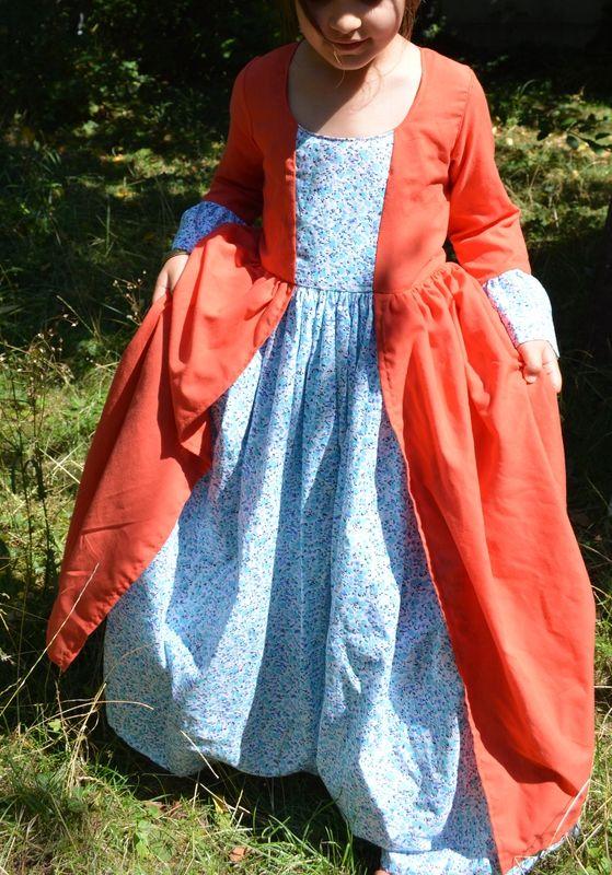 déguisement de la Marquise de Pompadour - livre Princesse, Pirates et cie
