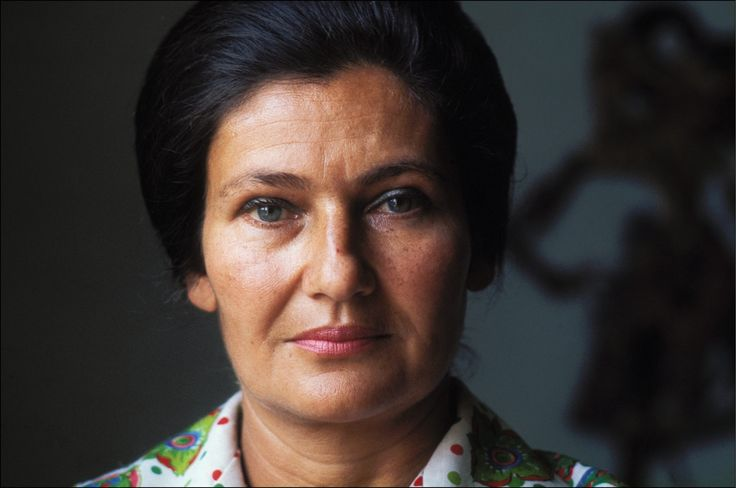 FRANCE - JUNE 17:  Health Minister Simone Veil In Paris, France On June 17, 1974 - Simone Veil, portrait.  (Photo by Jean-Pierre BONNOTTE/Gamma-Rapho via Getty Images) via @AOL_Lifestyle Read more: https://www.aol.com/article/news/2017/06/29/french-holocaust-survivor-and-pro-abortion-campaigner-simone-veil-dies-at-89/23009601/?a_dgi=aolshare_pinterest#fullscreen