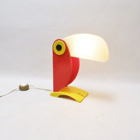 Lampe Toucan Old timer Ferrari #lampe #toucan #old #timer #ferrari #design #home #interior #design #collectorchic