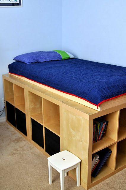Expedit bedframe/shelves