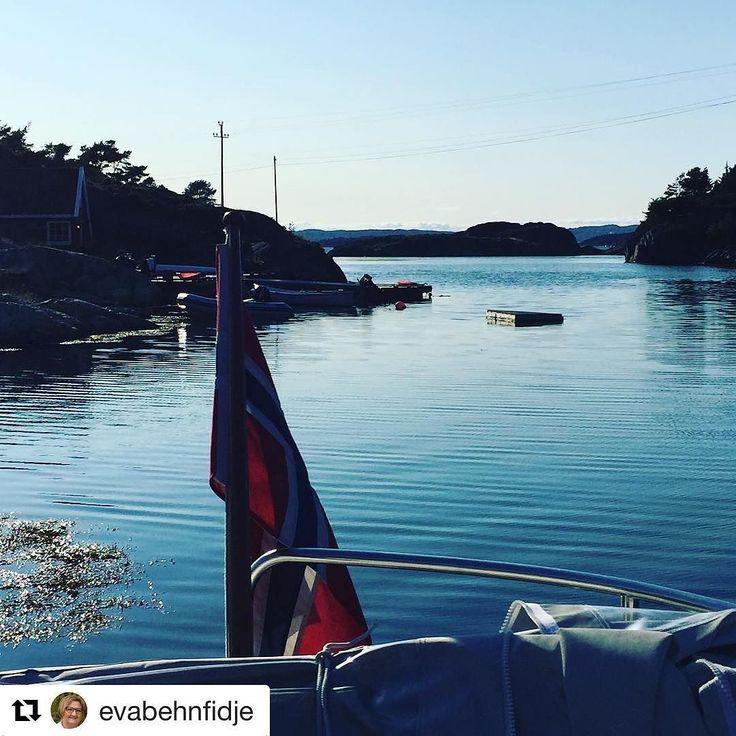 Sensommer. #reiseliv #reisetips #reiseblogger #reiseråd  #Repost @evabehnfidje (@get_repost)  En vakker sensommer ettermiddag ved NåløyetKalvøya