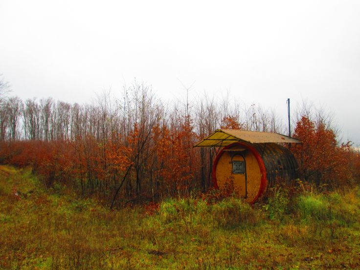 http://cabinporn.com/post/134273998145/barrel-hut-in-the-mátra-protected-area-of-northern