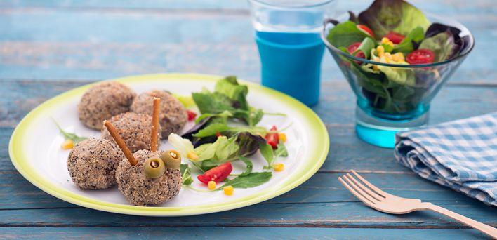 Polpette Bruco.  Per leggere la ricetta: http://myhome.bormioliroccocasa.it/myhome/it/home/spazio-alle-idee/mani-in-pasta/polpette.html