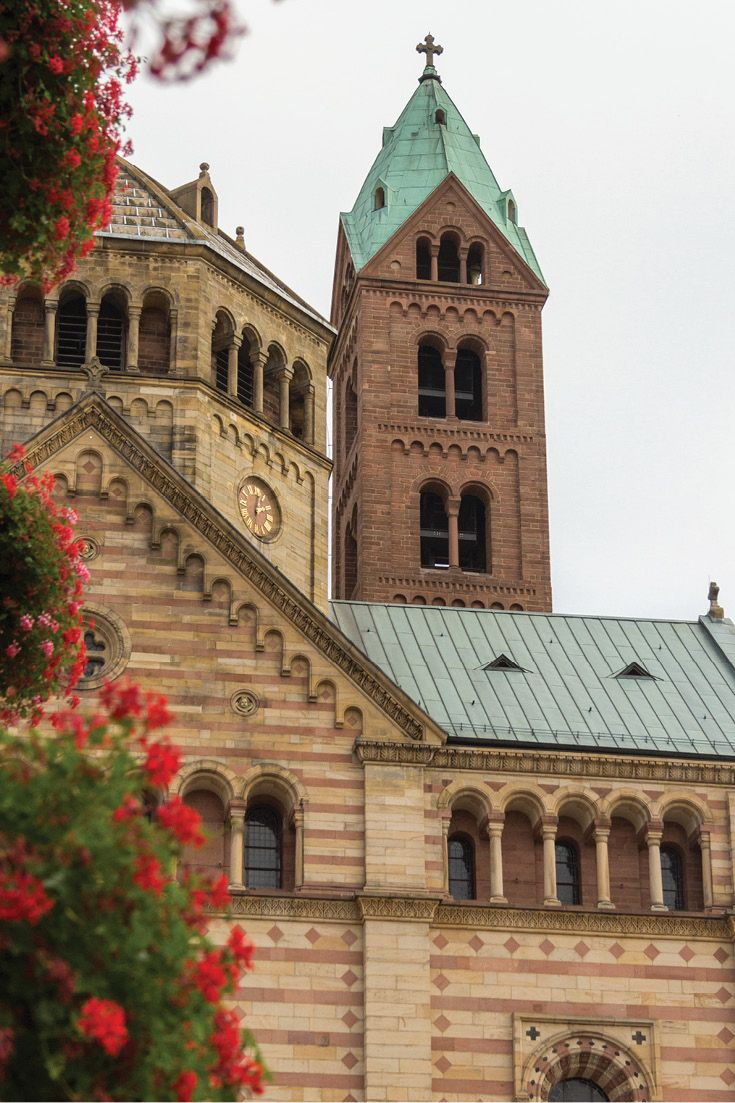 The view of the Speyer Cathedral from Maximilianstrasse