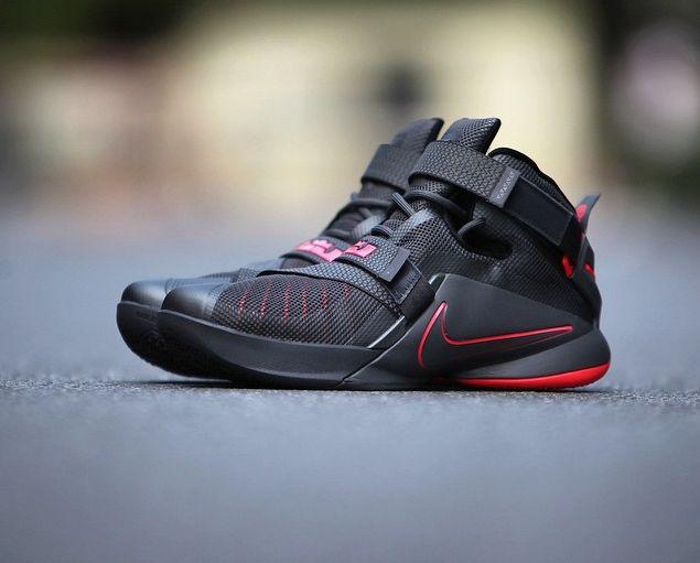 finest selection ab305 3ad86 ... feet  Nike LeBron Zoom Soldier 9   King James   Pinterest   Nike lebron  . ...