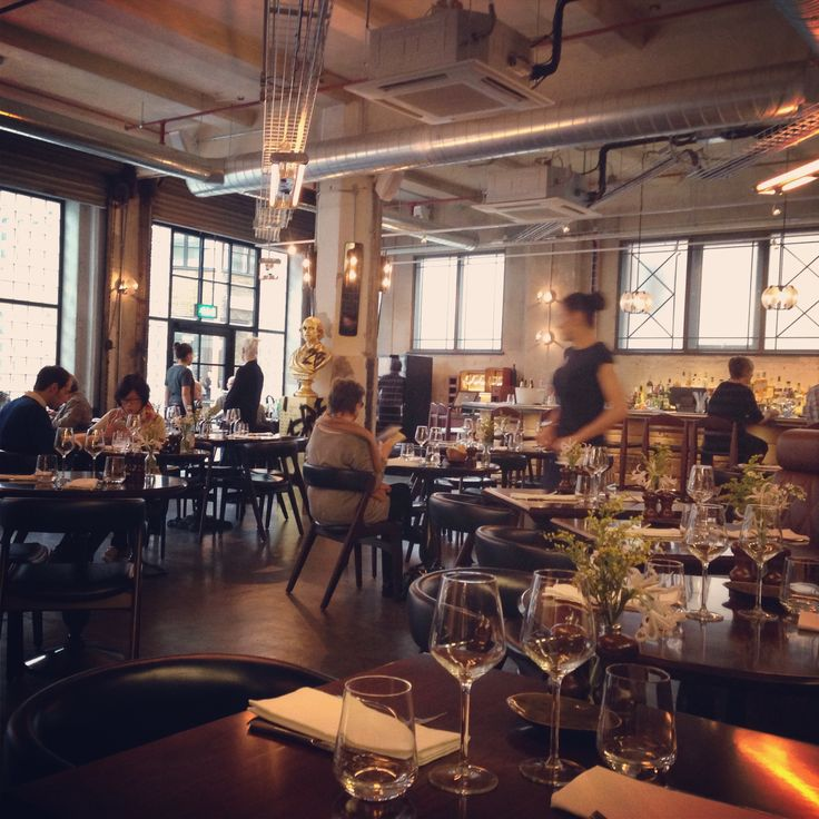 Gordon Ramsay's new London restaurant, Union Street Cafe.Love the chairs #restaurant  #london