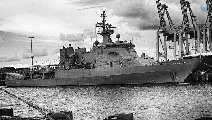HMNZS Wellington (P-55)        Auckland Anniversary Day Regatta & Tugboat Race 2016. Part III ... 17  PHOTOS        ... Auckland's waterfront, Auckland Anniversary Weekend 2016.        More details:         http://softfern.com/NewsDtls.aspx?id=1068&catgry=7            #SoftFern Sport News, #Auckland Anniversary 2016