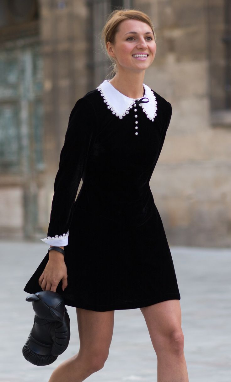Black dress with white peter pan collar - 30 Perfect September Outfitsseptember 25 Try A Monochromatic Mod Mini Click Through To Shop The Look Via Michael Dumler