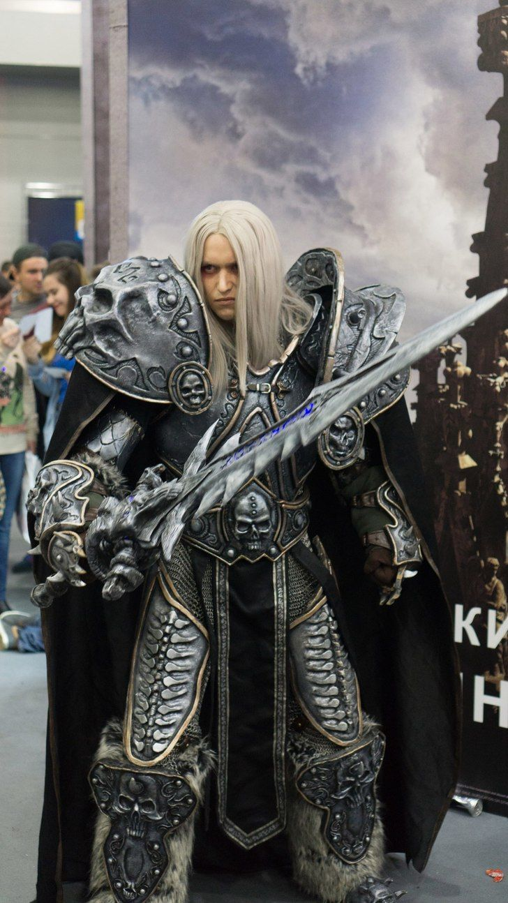 World of Warcraft - Arthas the Lich King cosplay by Aoki   Cosplay ...