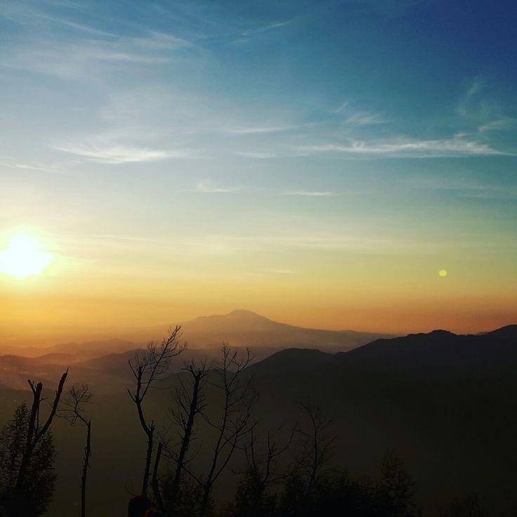 Sunrise yang indah... http://www.BaliStarIndo.com