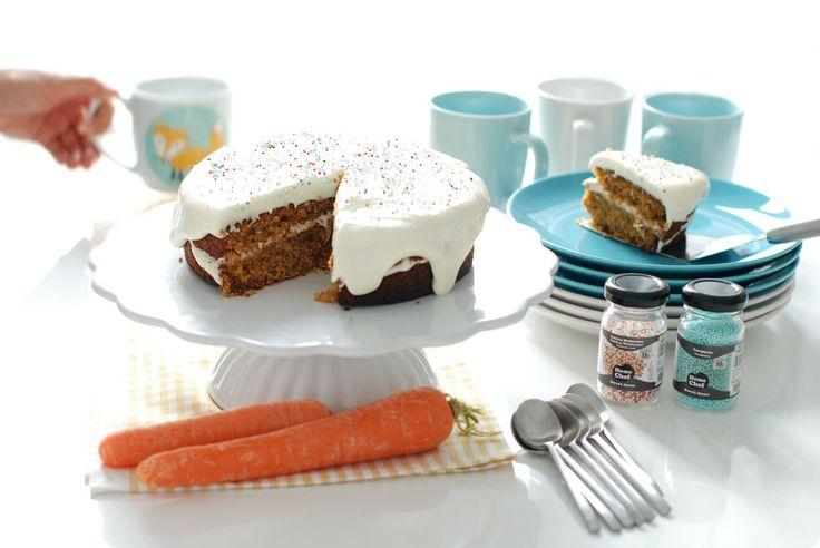 Te damos la receta de la mejor carrot cake del mundo, una tarta de zanahoria deliciosa, suave, con esos matices que le dan el jengibre, la canela, pasas...