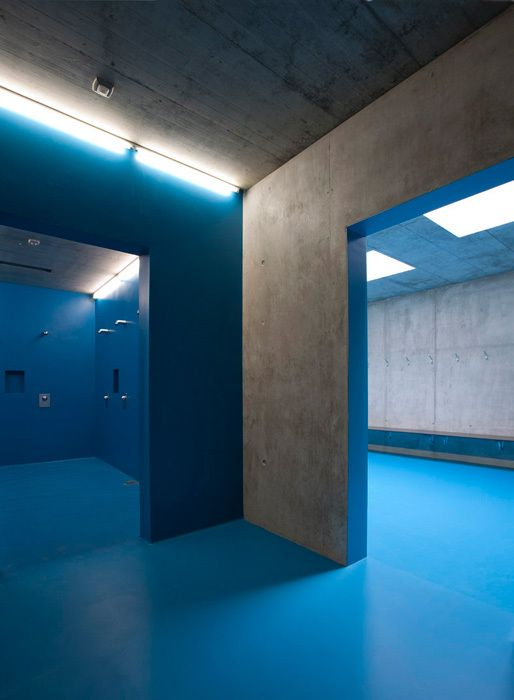 Extension of the multifunctional double sports halls in the Eichi Centre Niederglatt / L3P Architects