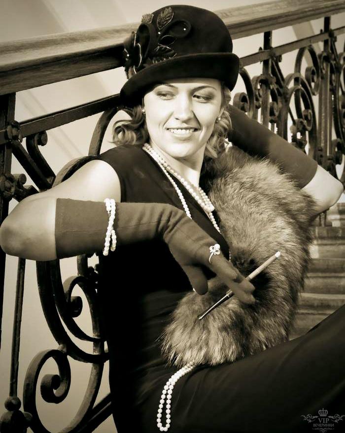 Fantastic F19 Ladies 1920s Chicago Mafia Mob Gangster Moll Fancy Dress Halloween