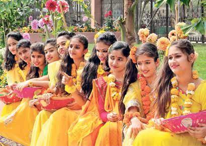 Celebrating Basant Panchami http://www.dnaindia.com/ahmedabad/report-celebrating-arrival-of-spring-with-vasant-panchami-in-ahmedabad-1800285