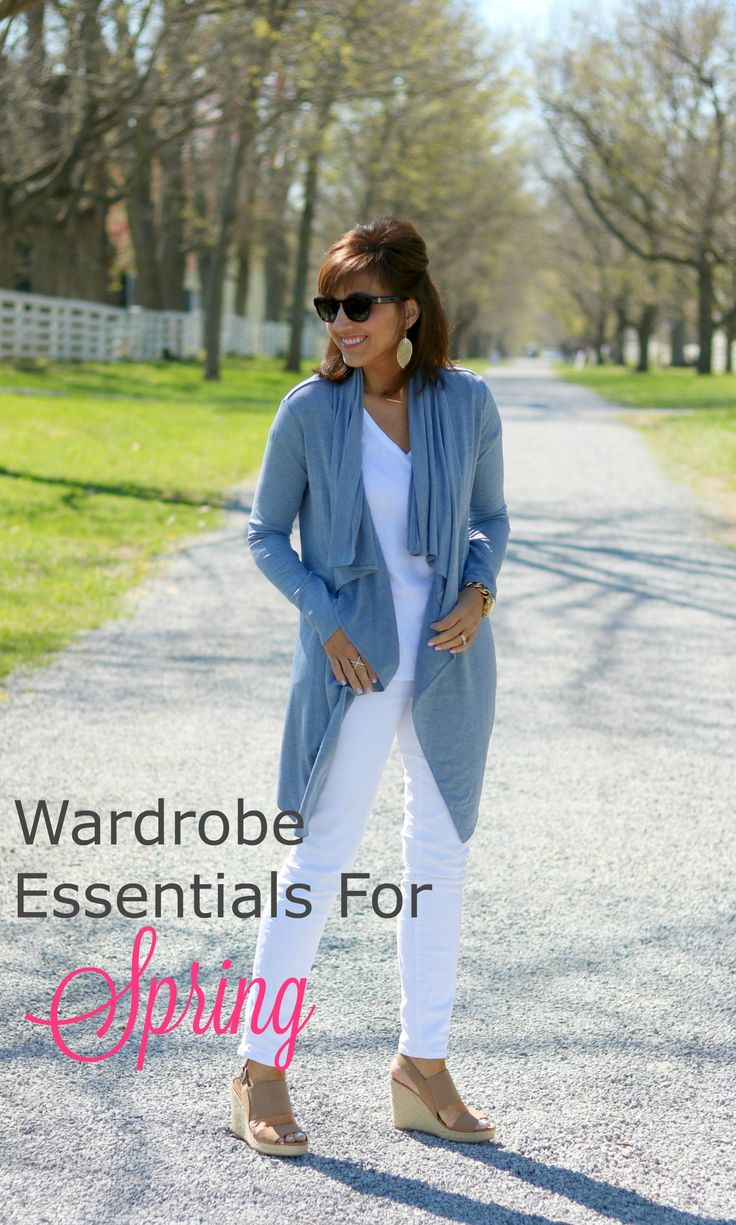These are some of my wardrobe essentials for spring and at least one to two of these items are featured in almost every outfit of the week.
