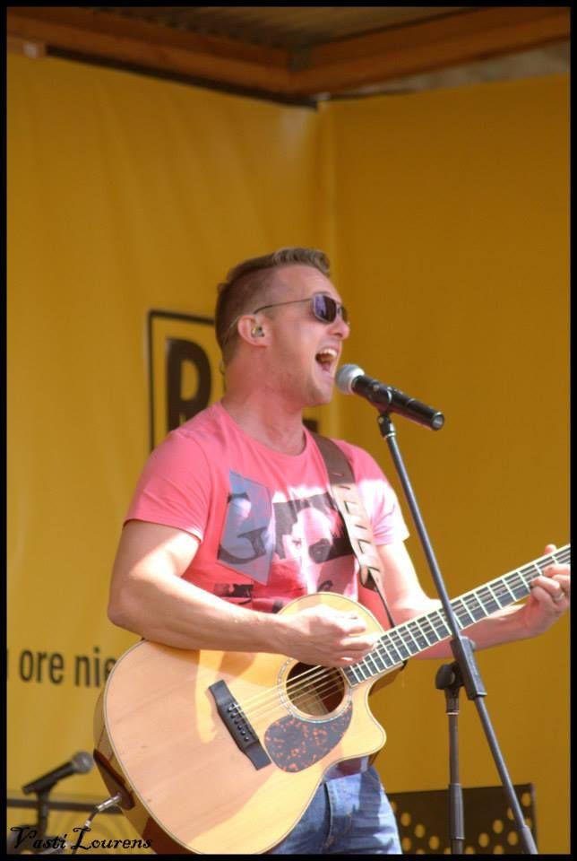 Heinz Winckler  performance at KKNK