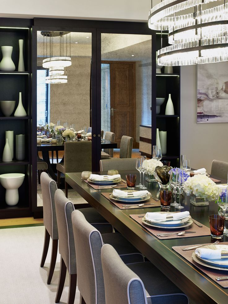 Chelsea, London | Luxury Interior Design | Dining Room | Chandelier