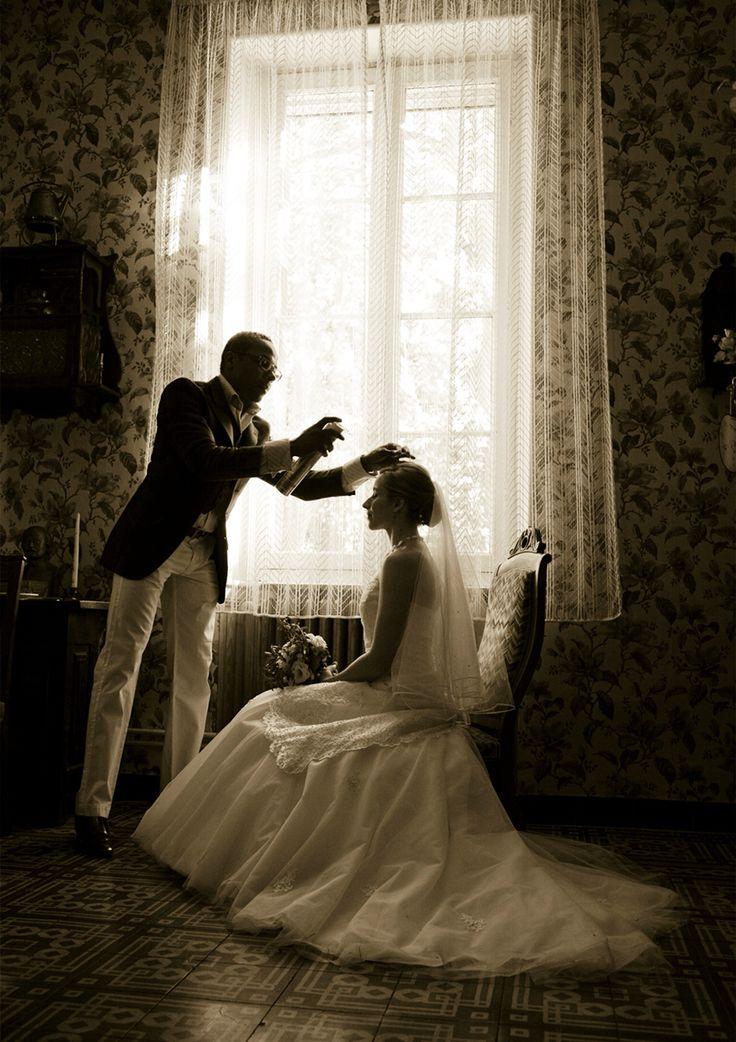 アンズフォトウエディング  南フランス アヴィニョン 花嫁さんの自宅でお支度