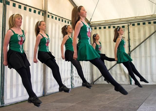 Scottish highland dance - Wikipedia