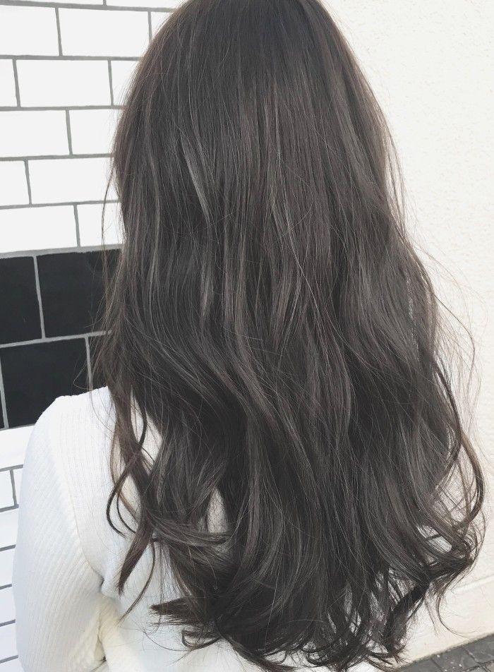 暗髪ブルージュカラー 透明感アッシュ 髪型 ヘアスタイル ヘア