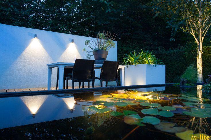 Tuinwand als blikvanger   Wandlamp ACE DOWN   Buitenverlichting   12V   De Tuinen van Appeltern   Tuin   Outdoor lighting