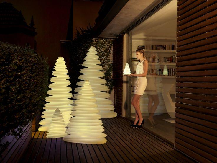 ber ideen zu led weihnachtsbaum auf pinterest weihnachtsb ume spieluhr und schneeflocken. Black Bedroom Furniture Sets. Home Design Ideas