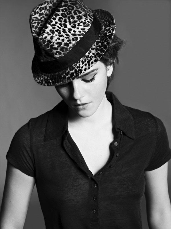 17 Best images about Emma Watson in b&w on Pinterest ...
