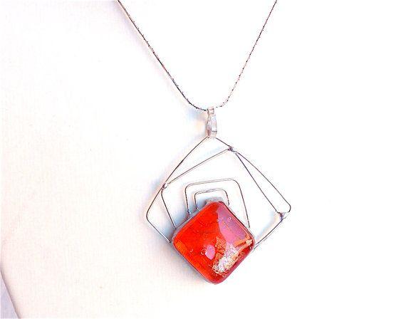 """#artisan #shopping #look #glass #silver #etsy #etsysales #jewelry CODE """"FRIENDS"""" 25% OFF!! ENJOY!! Collana vetro e argentoforma quadratacollana di Dartisanglass"""