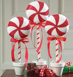 PATTERN McCalls M5262 Red White PEPPERMINT CANDY CHRISTMAS DECORATIONS