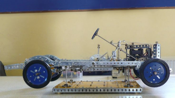 a meccano car chassis built by brian elvidge meccano cars pinterest montres et voitures. Black Bedroom Furniture Sets. Home Design Ideas