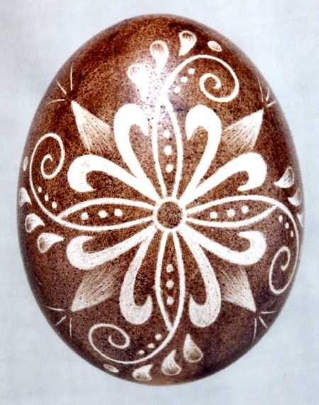 Karcolt tojás - Scratch-carved egg (58)