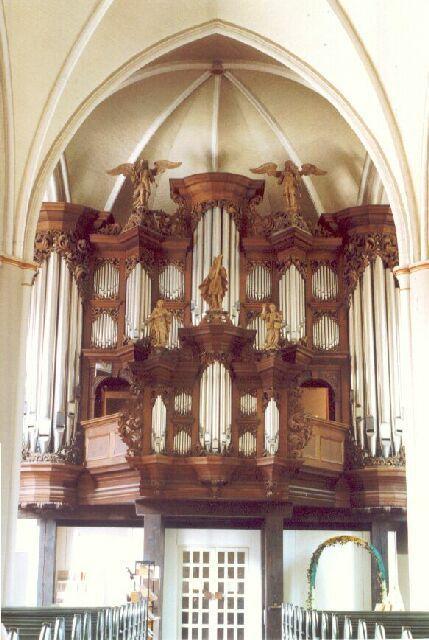 Clausthal-Zellerfeld, St.Salvatoris-Kirche – Organ index, die freie Orgeldatenbank