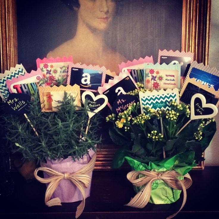 Last day of school teachers gift-gift card bouquet #teachergift #giftcards
